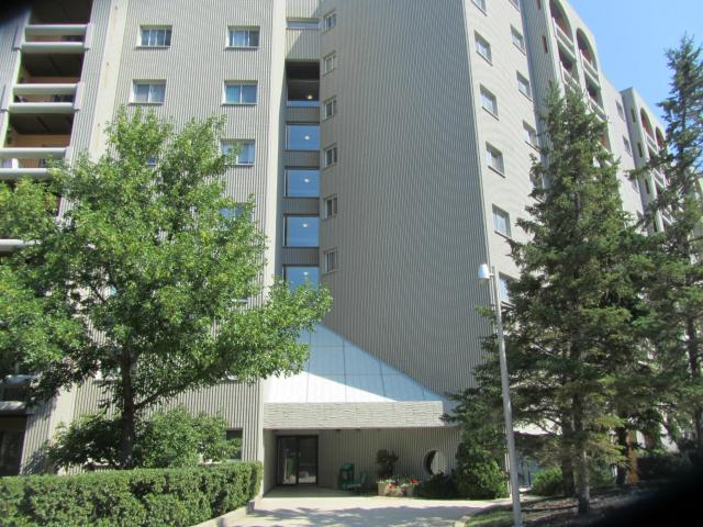 Main Photo: 3000 Pembina Highway in WINNIPEG: Fort Garry / Whyte Ridge / St Norbert Condominium for sale (South Winnipeg)  : MLS® # 1214462