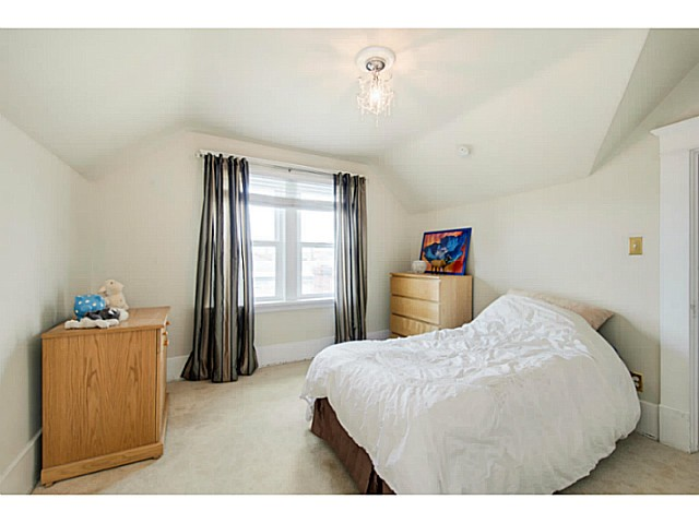 Photo 14: 341 E 58TH AV in Vancouver: South Vancouver House for sale (Vancouver East)  : MLS® # V1070002