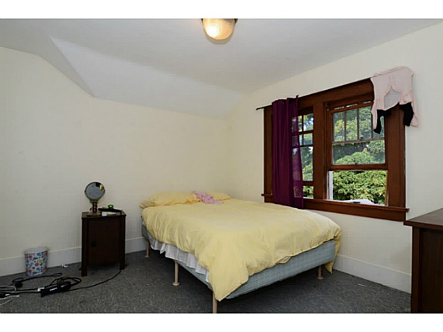 Photo 4: 2386 W 15TH Avenue in Vancouver: Kitsilano House for sale (Vancouver West)  : MLS(r) # V1078805