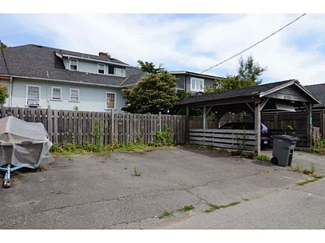 Photo 10: 2386 W 15TH Avenue in Vancouver: Kitsilano House for sale (Vancouver West)  : MLS(r) # V1078805