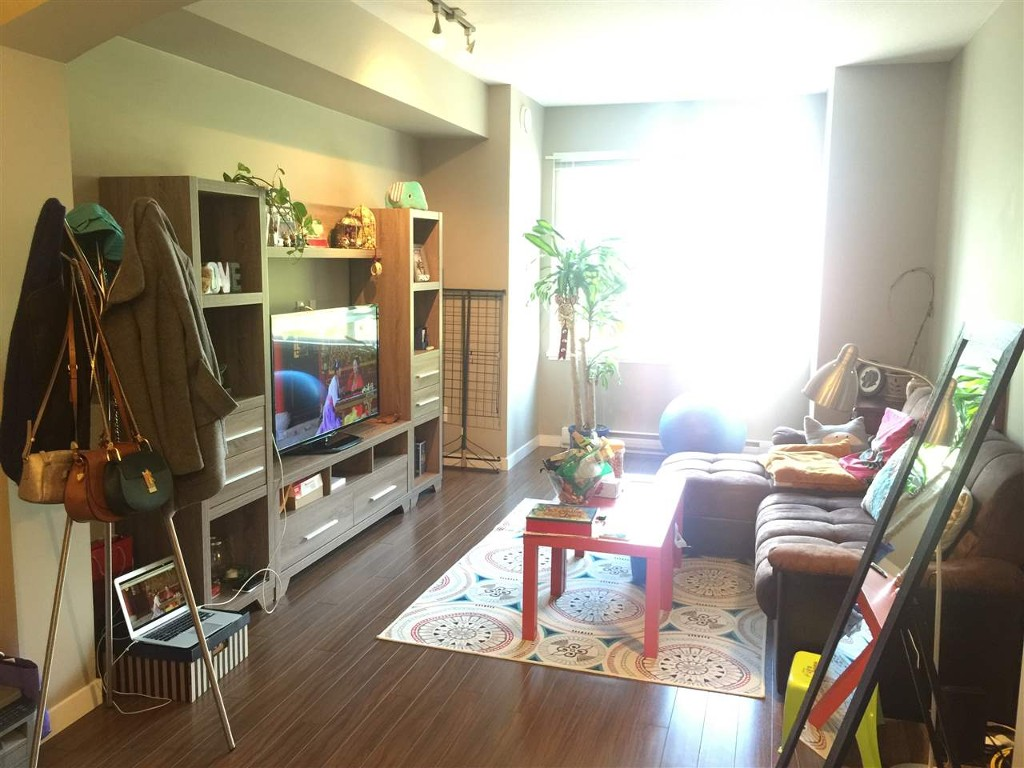 Photo 2: 28 9333 Ferndale Road in Richmond: McLennan North Townhouse for sale : MLS(r) # R2059999
