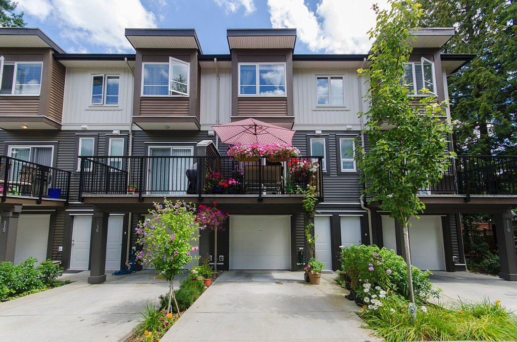 Main Photo: 117 5888 144 Street in Surrey: Sullivan Station Townhouse for sale