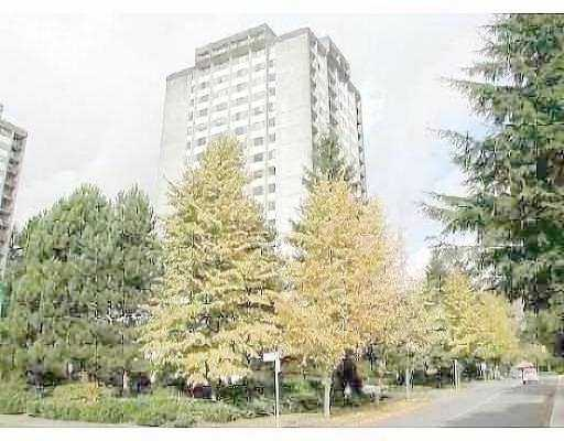 "Photo 1: 1903 9595 ERICKSON DR in Burnaby: Sullivan Heights Condo for sale in ""CAMERON TOWER"" (Burnaby North)  : MLS® # V553550"