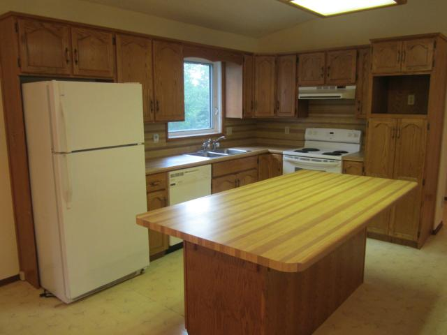 Photo 3: 89 Third Street in SOMERSET: Manitoba Other Residential for sale : MLS(r) # 1214996
