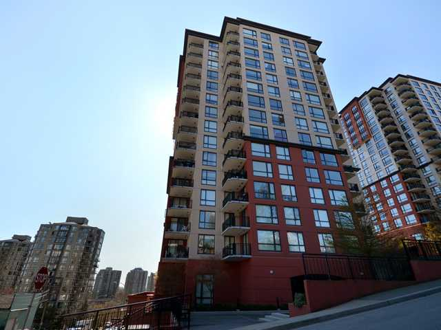 "Main Photo: 408 813 AGNES Street in New Westminster: Downtown NW Condo for sale in ""NEWS"" : MLS® # V989175"