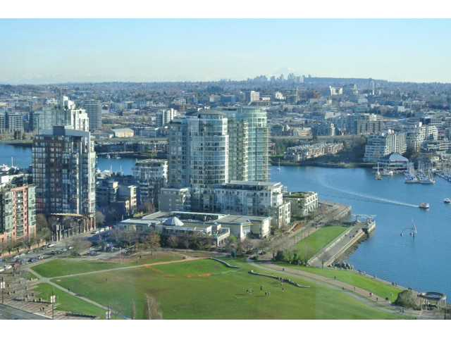 "Main Photo: 3006 1495 RICHARDS Street in Vancouver: Yaletown Condo for sale in ""AZURA TWO"" (Vancouver West)"