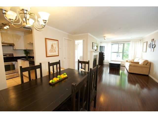 "Main Photo: 210 511 W 7TH Avenue in Vancouver: Fairview VW Condo for sale in ""BEVERLY GARDENS"" (Vancouver West)  : MLS(r) # V1009437"