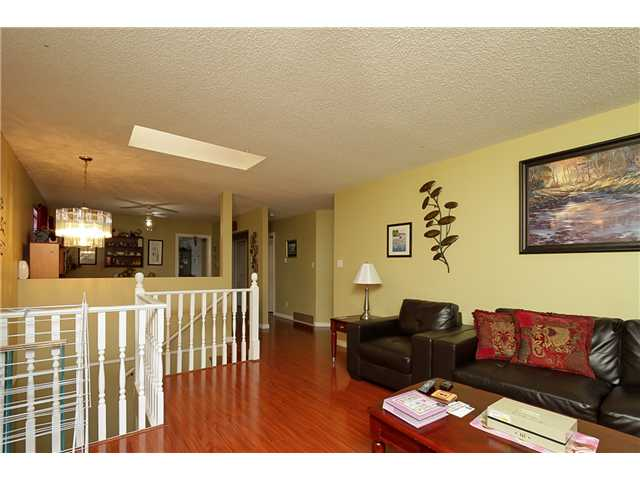Photo 3: 7731 CANADA Way in Burnaby: Edmonds BE House for sale (Burnaby East)  : MLS® # V1075205