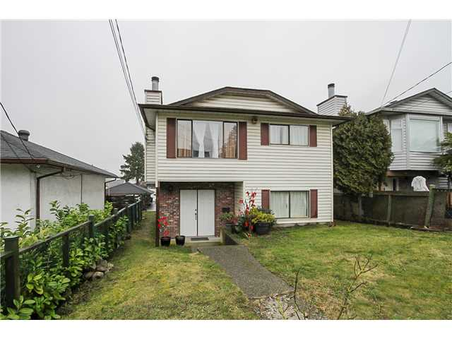 Main Photo: 7731 CANADA Way in Burnaby: Edmonds BE House for sale (Burnaby East)  : MLS® # V1075205