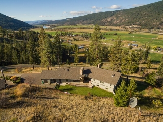Main Photo: 8548 N Yellowhead Highway Highway in Kamloops: McLure/Vinsula House with Acreage for sale : MLS(r) # 131384