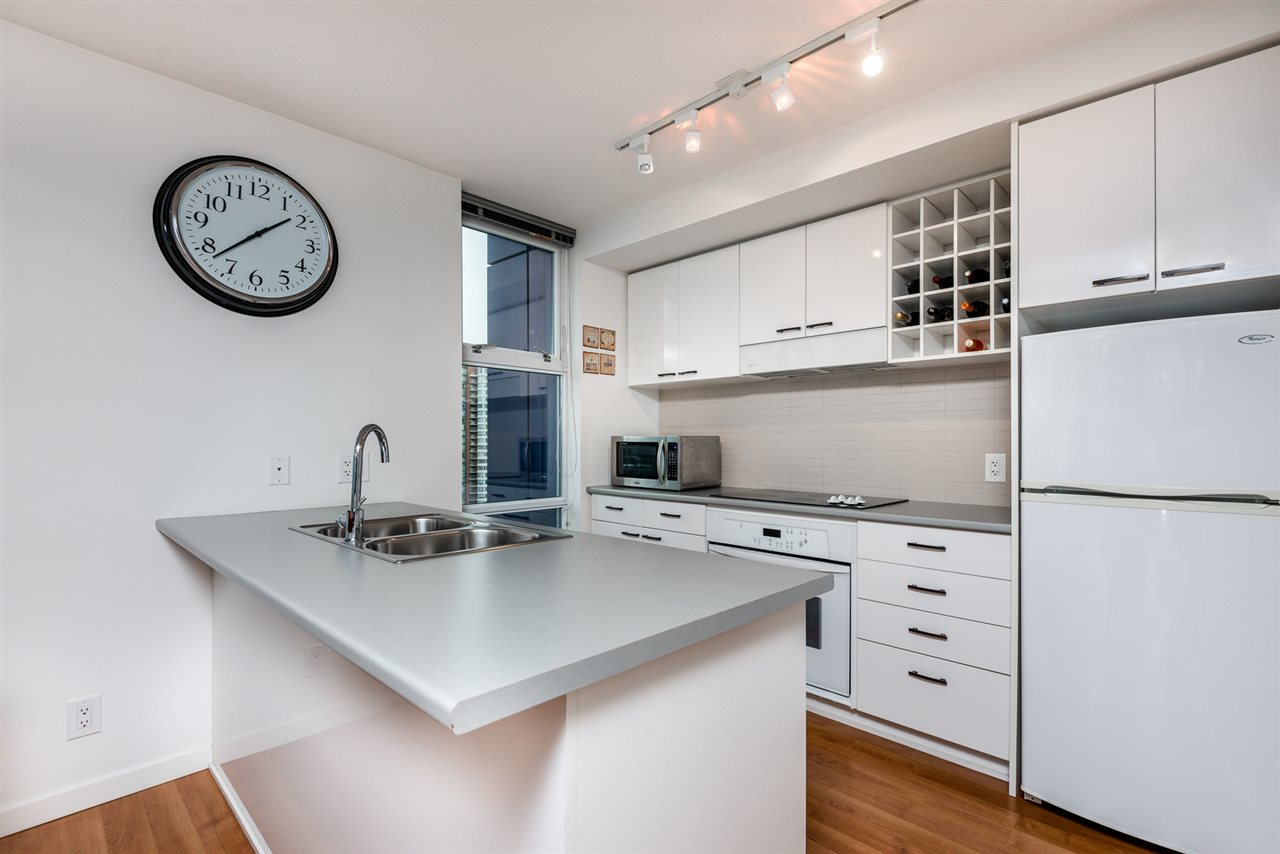 Main Photo: 1806 111 W GEORGIA STREET in Vancouver: Downtown VW Condo for sale (Vancouver West)  : MLS® # R2008886