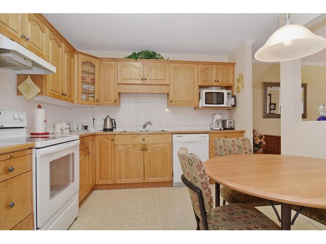 Photo 9: 414 2626 COUNTESS STREET in Abbotsford: Abbotsford West Condo for sale : MLS(r) # F1438917