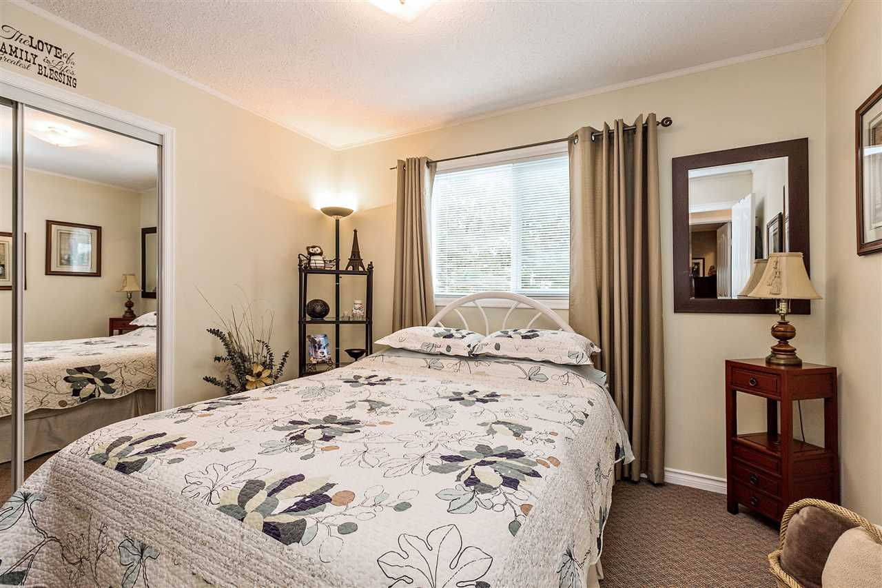 Photo 12: 3644 202A STREET in Langley: Brookswood Langley House for sale : MLS® # R2138265