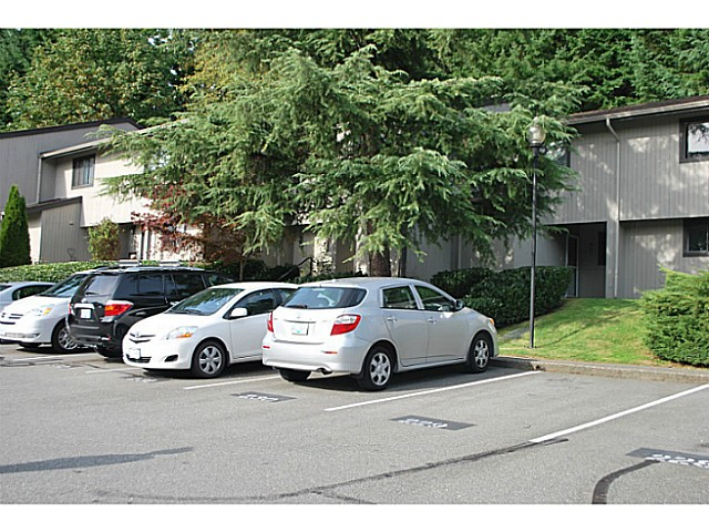 Main Photo: 961 Blackstock Road in Port Moody: North Shore Pt Moody Townhouse for sale : MLS®# V1031491