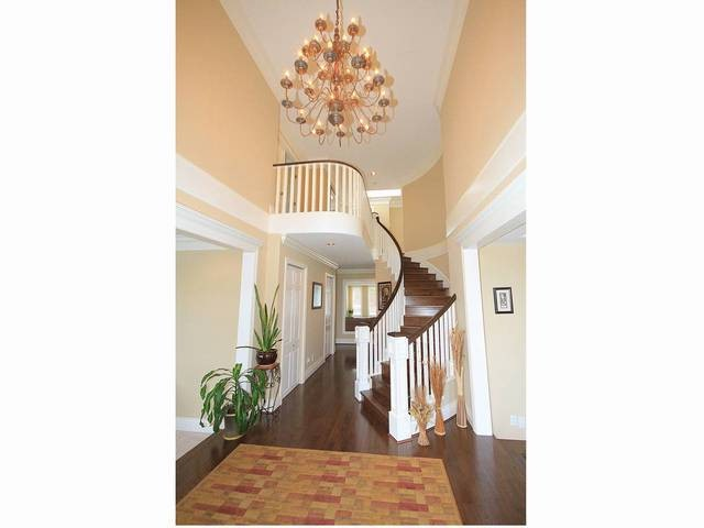 Great Foyer-high ceiling