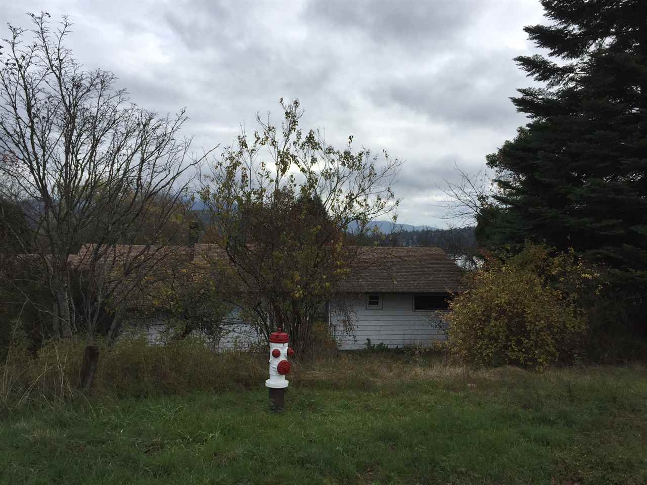 Photo 2: 650 N FLETCHER ROAD in Gibsons: Gibsons & Area House for sale (Sunshine Coast)  : MLS® # R2013855