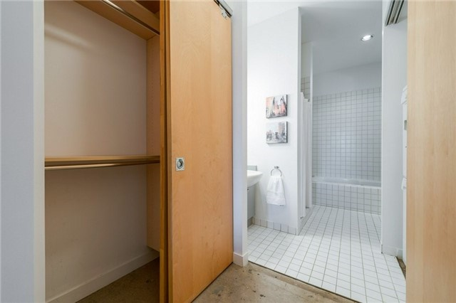 Photo 12: 155 Dalhousie St Unit #1039 in Toronto: Church-Yonge Corridor Condo for sale (Toronto C08)  : MLS(r) # C3692552