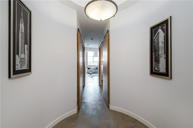 Photo 4: 155 Dalhousie St Unit #1039 in Toronto: Church-Yonge Corridor Condo for sale (Toronto C08)  : MLS(r) # C3692552