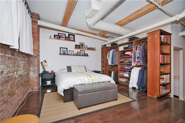 Photo 4: 90 Sherbourne St Unit #104 in Toronto: Moss Park Condo for sale (Toronto C08)  : MLS(r) # C3695227