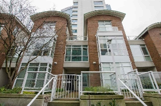 Main Photo: 1238 QUEBEC STREET in Vancouver: Mount Pleasant VE Townhouse for sale (Vancouver East)  : MLS®# R2142235