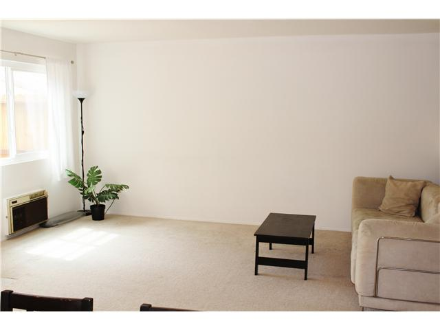 Photo 11: UNIVERSITY CITY Townhome for sale : 3 bedrooms : 4484 Eastgate Mall #8 in San Diego