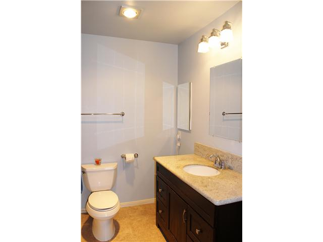 Photo 16: UNIVERSITY CITY Townhome for sale : 3 bedrooms : 4484 Eastgate Mall #8 in San Diego