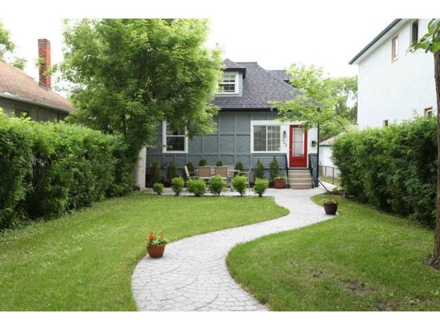 Main Photo: 253 McAdam Avenue in WINNIPEG: West Kildonan / Garden City Residential for sale (North West Winnipeg)  : MLS(r) # 1313928