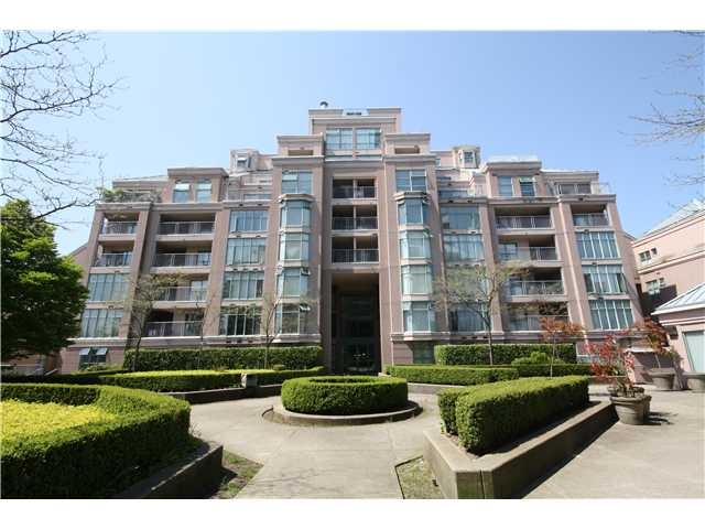 Main Photo: 803-2468 E. Broadway in Vancouver: Renfrew Heights Condo for sale (Vancouver East)  : MLS®# V951307