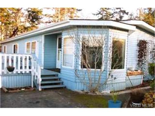 Main Photo: 409 2850 Stautw Road in SAANICHTON: CS Hawthorne Manu Double-Wide for sale (Central Saanich)  : MLS® # 208566