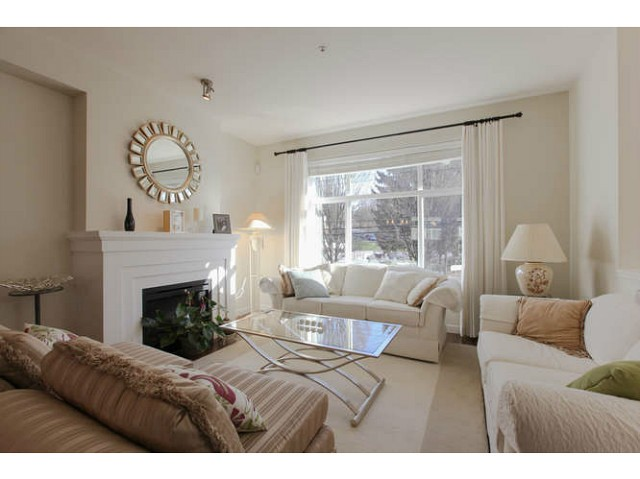 Main Photo: 691 PREMIER ST in North Vancouver: Lynnmour Condo for sale : MLS(r) # V1106662