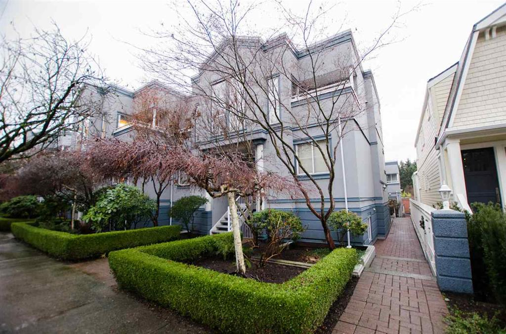 Main Photo: 6 877 W 7Th Avenue in Vancouver: Fairview VW Townhouse for sale (Vancouver West)  : MLS(r) # R2030234