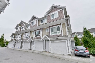 Main Photo: 43 7298 199A STREET in Langley: Willoughby Heights Townhouse for sale : MLS® # R2072853
