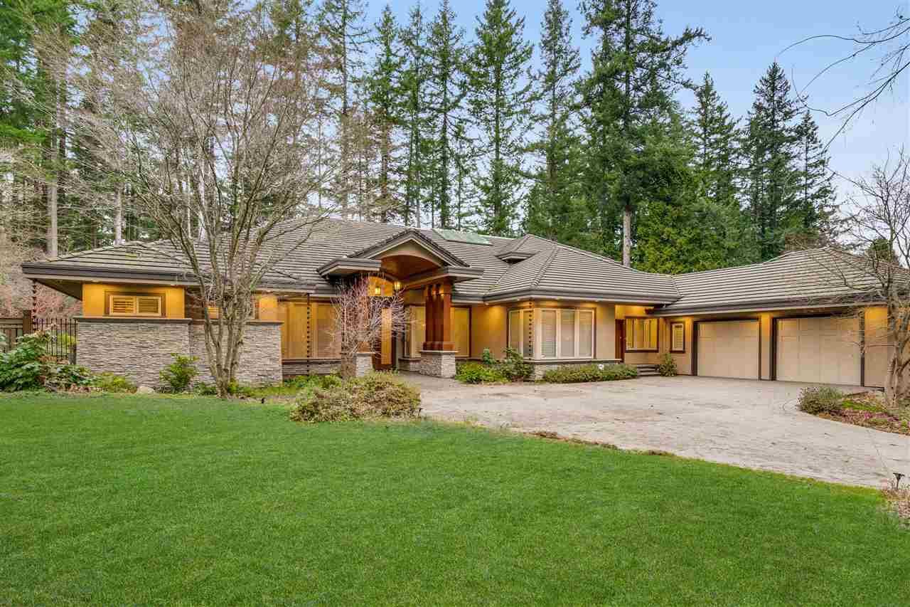 FEATURED LISTING: 2841 NORTHCREST Drive Surrey