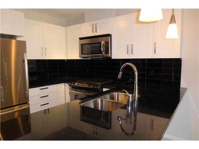 "Photo 4: # 1506 2133 DOUGLAS RD in Burnaby: Brentwood Park Condo for sale in ""PERSPECTIVES"" (Burnaby North)  : MLS® # V924047"