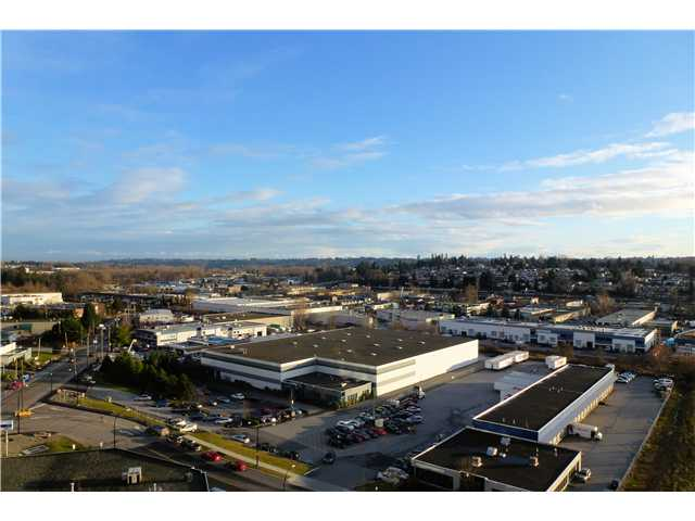 "Photo 8: # 1506 2133 DOUGLAS RD in Burnaby: Brentwood Park Condo for sale in ""PERSPECTIVES"" (Burnaby North)  : MLS® # V924047"