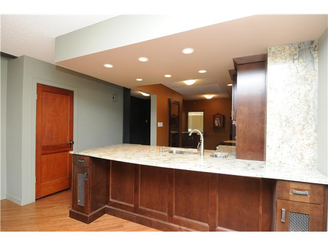 Photo 6: Downtown Grandin in EDMONTON: Zone 12 Condo for sale (Edmonton)  : MLS® # E3332213