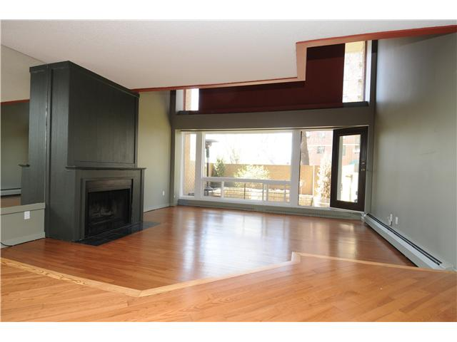 Photo 3: Downtown Grandin in EDMONTON: Zone 12 Condo for sale (Edmonton)  : MLS® # E3332213