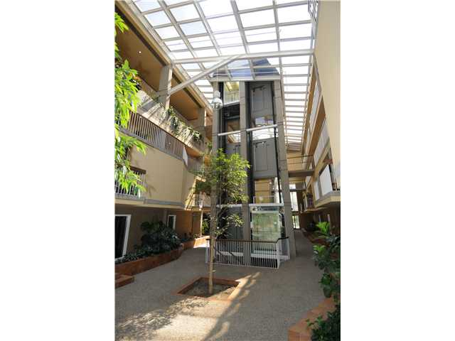 Photo 13: Downtown Grandin in EDMONTON: Zone 12 Condo for sale (Edmonton)  : MLS® # E3332213