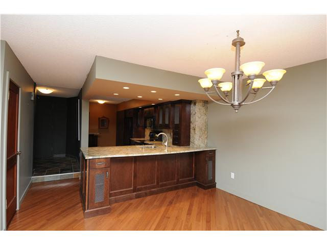 Photo 5: Downtown Grandin in EDMONTON: Zone 12 Condo for sale (Edmonton)  : MLS® # E3332213
