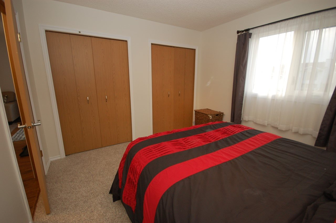 Photo 15: 5905 189 ST NW: Edmonton Condo for sale : MLS(r) # E4043389