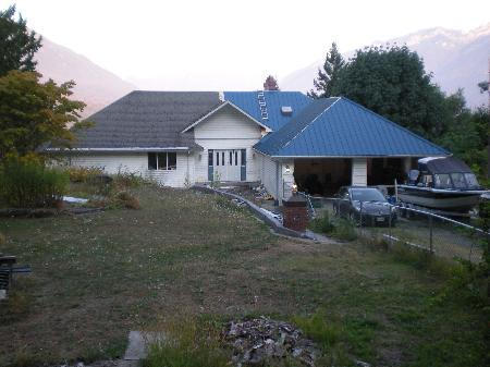 Main Photo: 47729 FORESTER RD in Sardis: House for sale : MLS® # H1103874