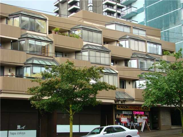 "Main Photo: 304 1455 ROBSON Street in Vancouver: West End VW Condo for sale in ""THE COLONNADE"" (Vancouver West)  : MLS®# V970531"