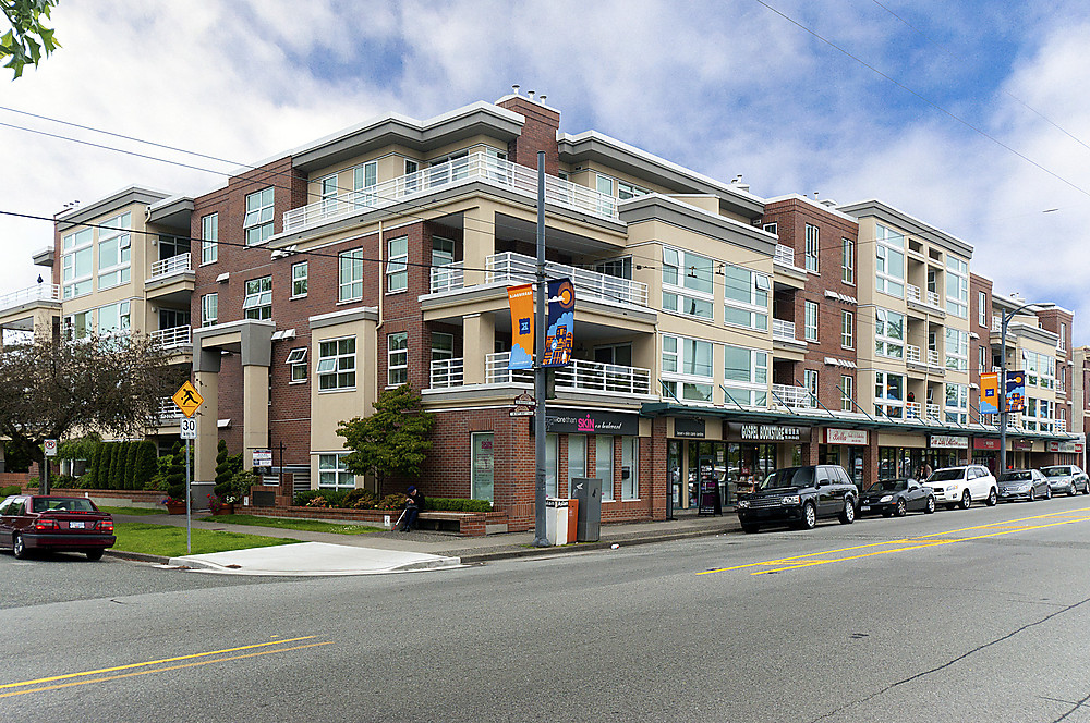 "Main Photo: 411 2105 W 42ND Avenue in Vancouver: Kerrisdale Condo for sale in ""THE BROWNSTONE"" (Vancouver West)  : MLS(r) # V994535"