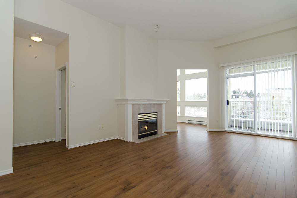 "Photo 5: 411 2105 W 42ND Avenue in Vancouver: Kerrisdale Condo for sale in ""THE BROWNSTONE"" (Vancouver West)  : MLS(r) # V994535"