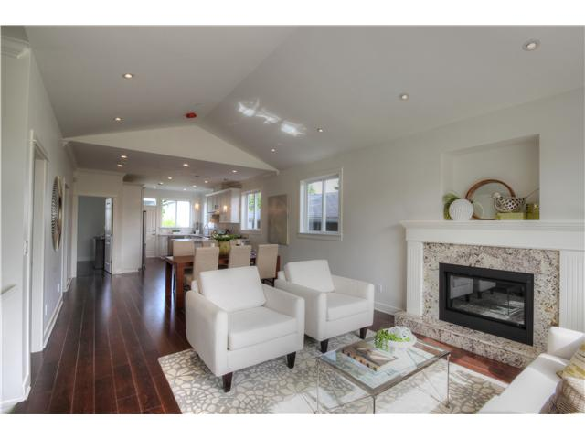 Photo 3: 5523 LANARK Street in Vancouver: Knight House for sale (Vancouver East)  : MLS(r) # V1078971