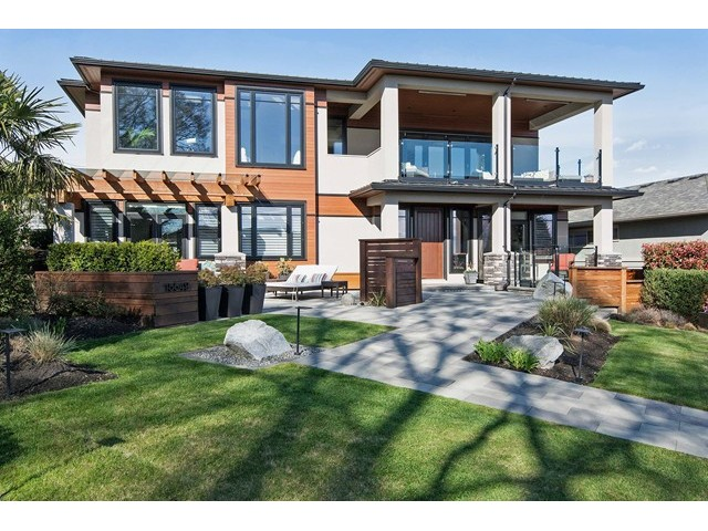 Main Photo: 15549 SEMIAHMOO AV: White Rock House for sale (South Surrey White Rock)  : MLS®# F1435921