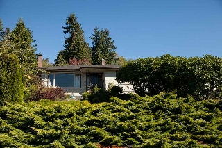 Main Photo: 1135 LAWSON AVENUE in WEST VANC: Ambleside House for sale (West Vancouver)  : MLS(r) # R2000540