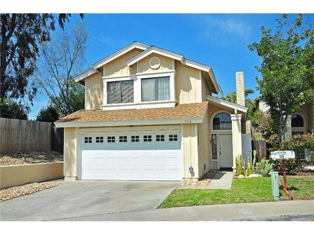Main Photo: LEMON GROVE House for sale : 3 bedrooms : 7910 Rosewood Lane