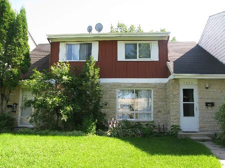 Main Photo: Gorgeous 2 Bedroom Home!