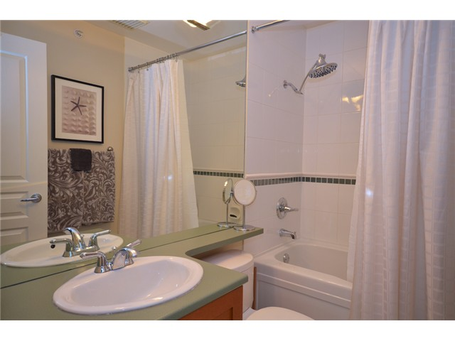 "Photo 7: 406 2181 W 12TH Avenue in Vancouver: Kitsilano Condo for sale in ""THE CARLINGS"" (Vancouver West)  : MLS(r) # V973471"